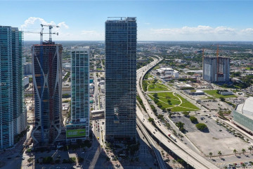 Home for Rent at 1100 Biscayne Blvd #2202, Miami FL 33132
