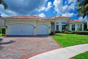 Home for Sale at 19211 N Creekshore Court, Boca Raton FL 33498