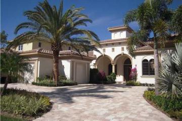 Home for Sale at 233 Via Palacio, Palm Beach Gardens FL 33418