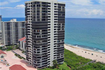 Home for Sale at 4000 N Ocean Drive #504, Singer Island FL 33404