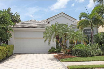 Home for Sale at 127 Windward Drive, Palm Beach Gardens FL 33418