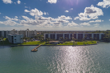 Home for Sale at 300 Intracoastal Pl ##505, Tequesta FL 33469
