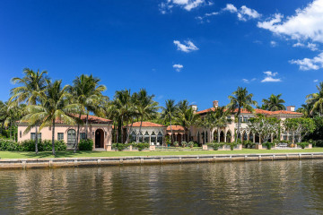 Home for Sale at 1485 S Ocean Boulevard, Palm Beach FL 33480