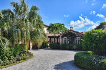 Home for Sale at 425 Red Hawk Drive, Jupiter FL 33477