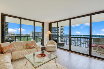 Home for Sale at 115 Lakeshore Drive #949, North Palm Beach FL 33408