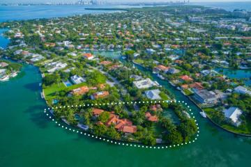 Home for Sale at 960 Harbor Drive, Key Biscayne FL 33149