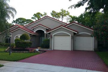 Home for Sale at 5726 Aspen Ridge Circle, Delray Beach FL 33484