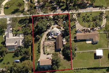 Home for Sale at 6223 NW 77th Ter, Parkland FL 33067