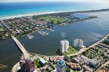 Home for Sale at 1100 S Flagler Drive #21C, West Palm Beach FL 33401