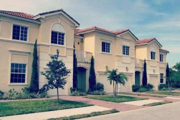 Home for Sale at 6152 SE Portofino Circle #2-203, Hobe Sound FL 33455