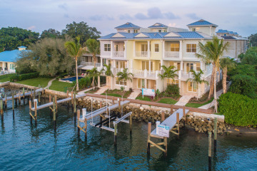 Home for Sale at 1057 Harbor Villas Drive, North Palm Beach FL 33408