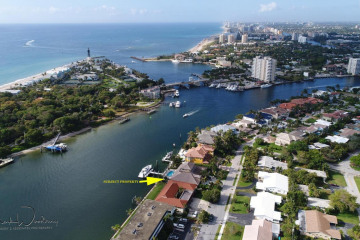 Home for Sale at 2730 NE 30th Avenue, Lighthouse Point FL 33064