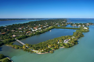 Home for Sale at 1 Mandalay Island, Stuart FL 34996