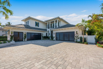 Home for Sale at 217 Island Drive, Jupiter FL 33477