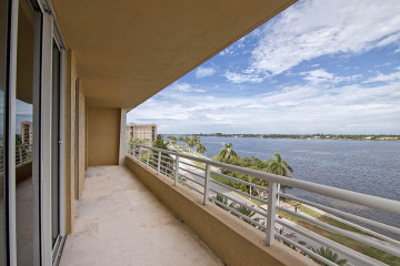 Home for Rent at 1551 N Flagler Drive #618, West Palm Beach FL 33401