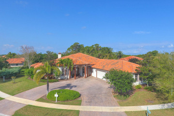 Home for Sale at 10063 SE Osprey Pointe Drive, Hobe Sound FL 33455