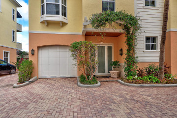 Home for Sale at 4332 Sea Grape Drive #9, Lauderdale By The Sea FL 33308
