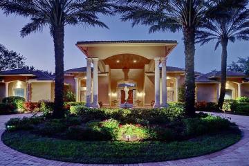 Home for Sale at 7619 Saratoga Lane, Parkland FL 33067