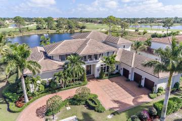 Home for Sale at 11780 Calleta Court, Palm Beach Gardens FL 33418