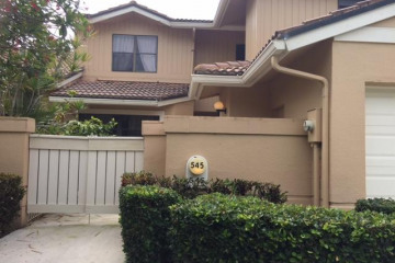 Home for Rent at 545 Prestwick Circle, Palm Beach Gardens FL 33418