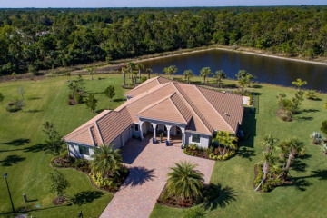 Home for Sale at 5540 SW Peach Palm Place, Palm City FL 34990