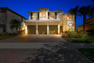 Home for Sale at 11471 SW Hillcrest Circle, Port Saint Lucie FL 34987
