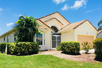Home for Sale at 7783 Great Glen Circle, Delray Beach FL 33446
