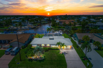 Home for Sale at 1389 SW Dyer Point Road, Palm City FL 34990