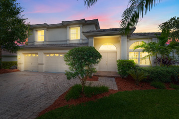Home for Sale at 2752 SW Glenmoor Way, Palm City FL 34990