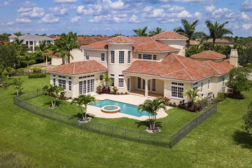 Home for Sale at 12007 NW 69th Court, Parkland FL 33076