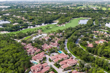 Home for Sale at 427 Via Del Orso Drive, Jupiter FL 33477