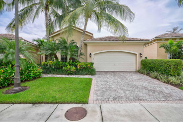 Home for Sale at 122 Andalusia Way, Palm Beach Gardens FL 33418