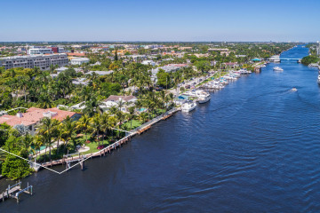 Home for Sale at 706 SE 2nd Street, Delray Beach FL 33483