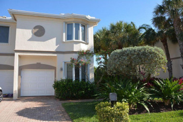 Home for Sale at 764 Seaview Drive, Juno Beach FL 33408