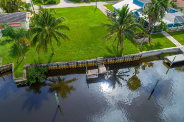 Home for Sale at 1315 SW Dyer Point Road, Palm City FL 34990