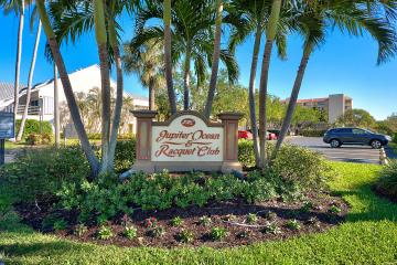 Home for Rent at 1605 S Us Highway 1 #D 204, Jupiter FL 33477
