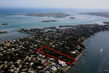 Home for Sale at 109 S River Road, Stuart FL 34996