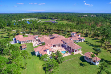 Home for Sale at 2000 SE Ranch Road S, Jupiter FL 33478