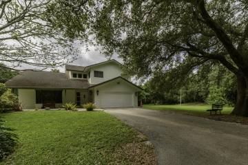 Home for Sale at 6885 NW 84 Avenue, Parkland FL 33067