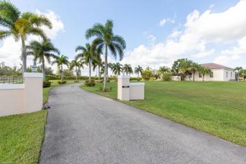 Home for Sale at 15725 Estancia Lane, Wellington FL 33414