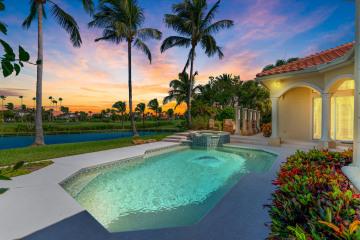 Home for Sale at 7025 SE Harbor Circle, Stuart FL 34996