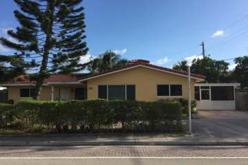 Home for Sale at 2210 NE 36 Street, Lighthouse Point FL 33064