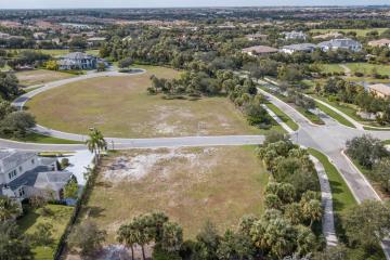 Home for Sale at 7161 Lemon Grass Drive, Parkland FL 33076