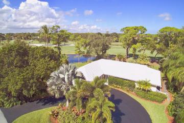 Home for Sale at 78 SE Turtle Creek Drive, Tequesta FL 33469