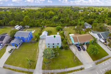 Home for Sale at 1100 SE 14th Street, Stuart FL 34996