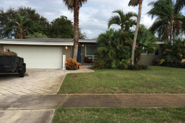 Home for Sale at 416 Westwind Drive, North Palm Beach FL 33408