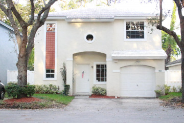 Home for Sale at 9804 NW 2nd Court, Plantation FL 33324
