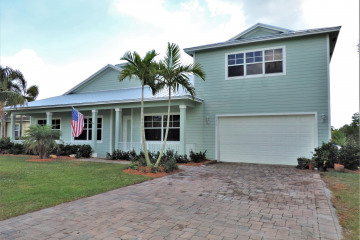Home for Sale at 9172 SE Duncan Street, Hobe Sound FL 33455
