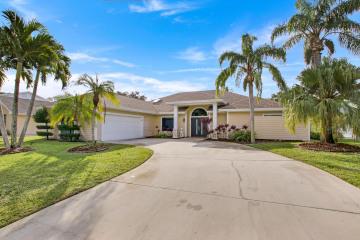 Home for Rent at 10840 SE Seminole Terrace, Tequesta FL 33469