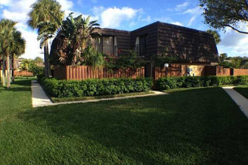 Home for Rent at 2013 20th Court, Jupiter FL 33477